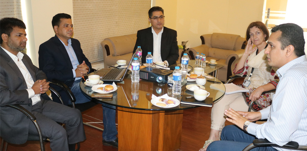 Deputy-head-of-the-DFID-Pakistan-visited-BRAC-in-Pakistan