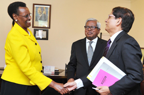 Uganda-First-Lady-commends-BRACs-work
