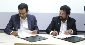 Partnership agreement was signed between BRAC Probashbandhu Limited and Flight Expert